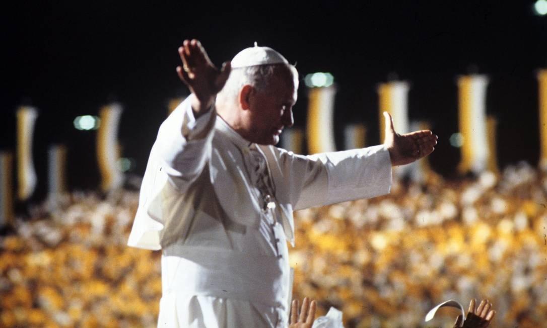 O Papa durante Missa Campal no Monumento dos Pracinhas, no Aterro do Flamengo, no dia 1 de julho daquele ano Foto: Aníbal Philot / Agência O Globo