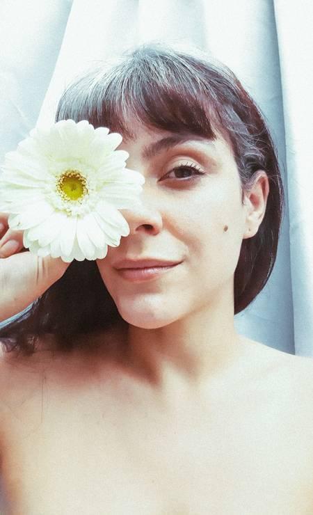 Ana Fonte, atriz: 'grisalhando' aos 35 anos Foto: Guilherme Nabhan