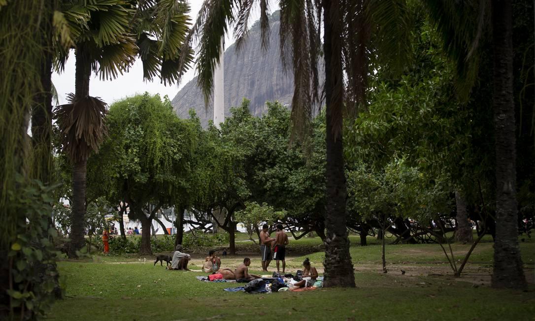 População em situação de rua na cidade no Aterro do Flamengo Foto: Márcia Foletto / Agência O Globo