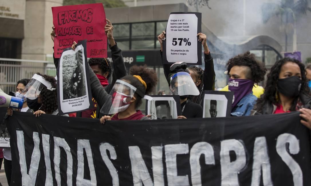 Ato de rua. Manifestações em São Paulo com representantes do movimento negro, em junho: demandas não foram encampadas por políticos e suas siglas Foto: Edilson Dantas / Agência O Globo