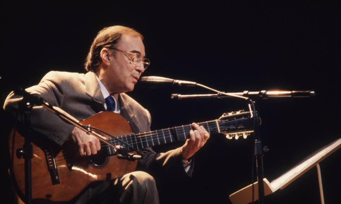 O cantor e compositor João Gilberto, em 1988 Foto: Agência O Globo