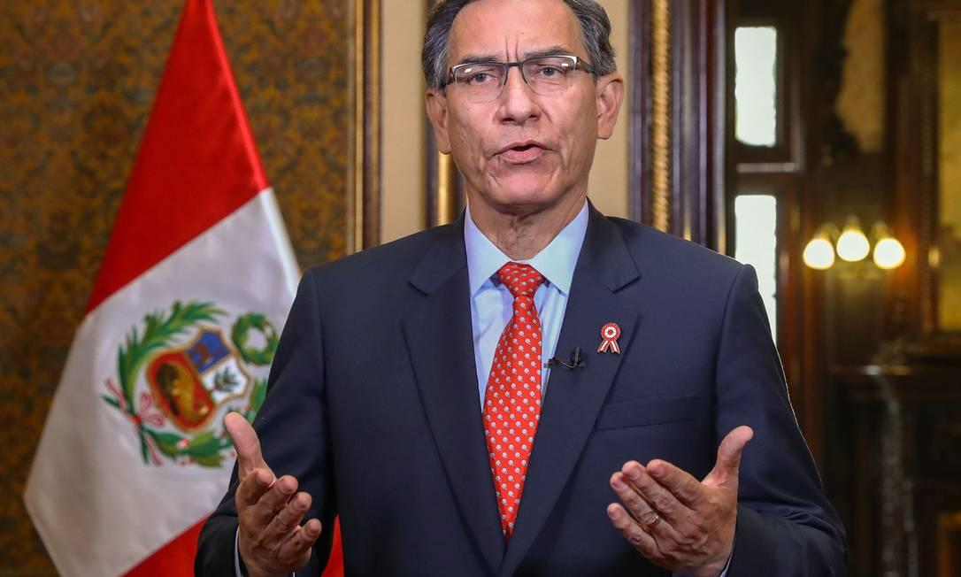 Presidente peruano Martín Vizcarra, durante anúncio do referendo sobre a imunidade parlamentar Foto: ANDRES VALLE / AFP