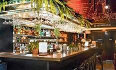 Micro Bar: o bar no Leblon adiou a data de reabertura após a aglomeração registrada no bairro Foto: Divulgação
