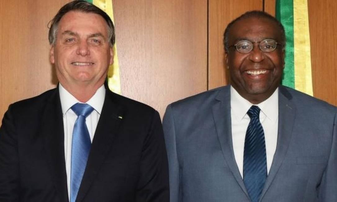 Decotelli diz que racismo e antibolsonarismo foram responsáveis pela queda dele do MEC Foto: AFP