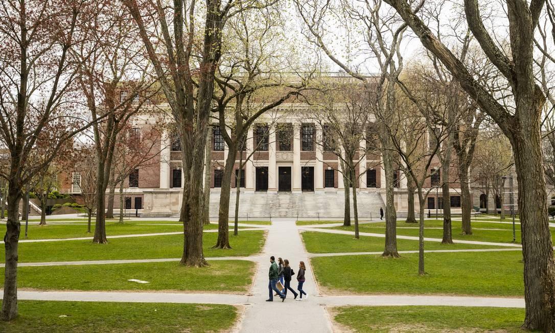 Universidade Harvard pode ser uma das afetadas pela decisão do governo americano Foto: Bloomberg / Bloomberg via Getty Images