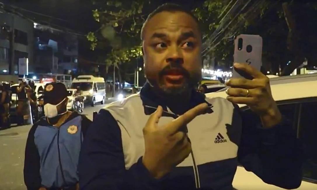 Engenheiro filmou equipe da Vigilância Sanitária do Rio Foto: Reprodução / Agência O Globo