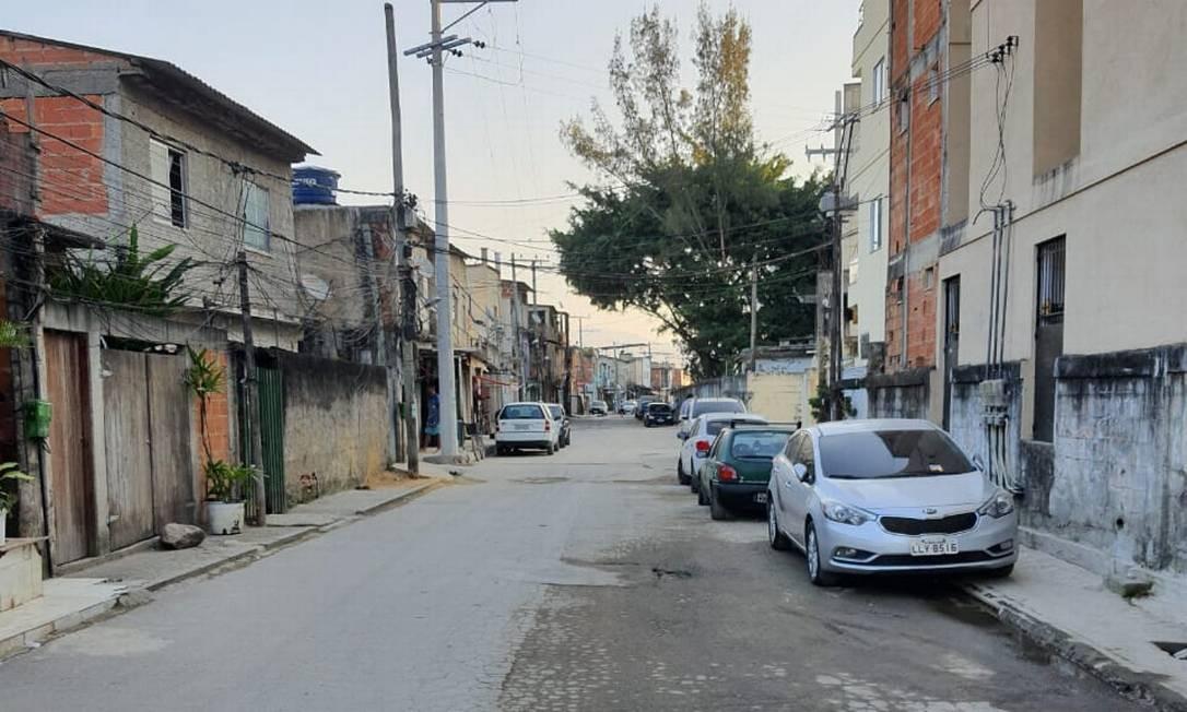 Rua na comunidade Santa Luzia, em Vargem Pequena, que existe há mais de 50 anos Foto: Foto do leitor