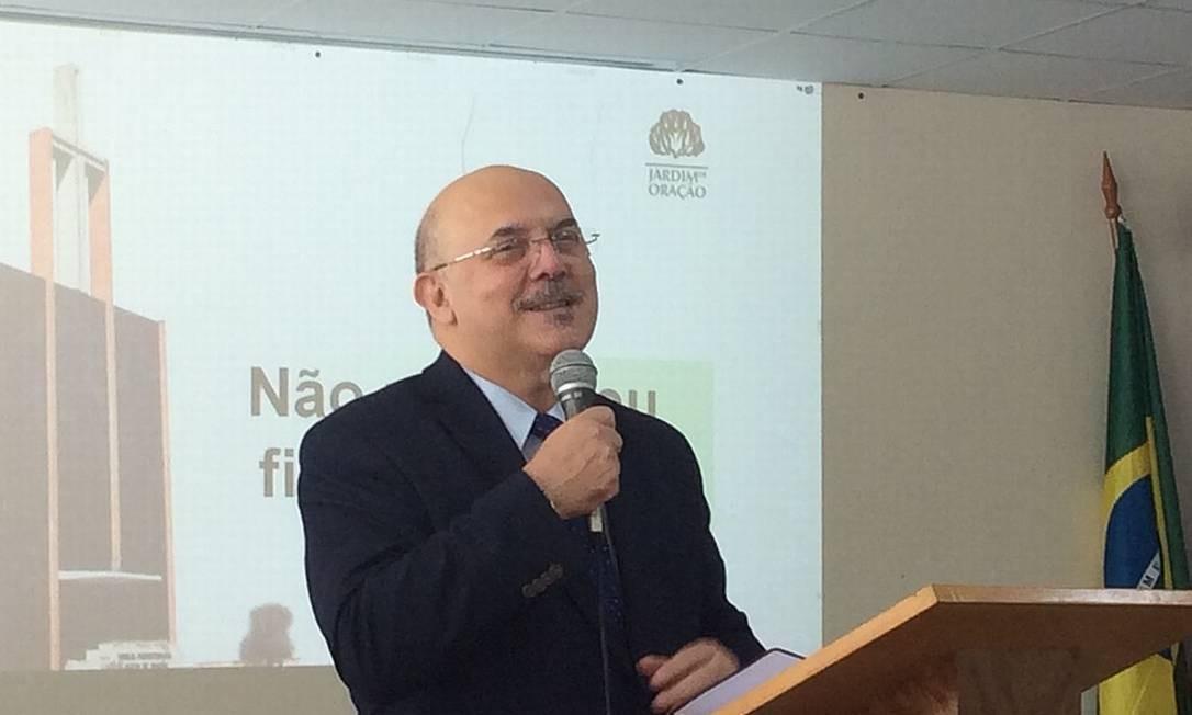 O pastor Milton Ribeiro durante palestra Foto: Reprodução
