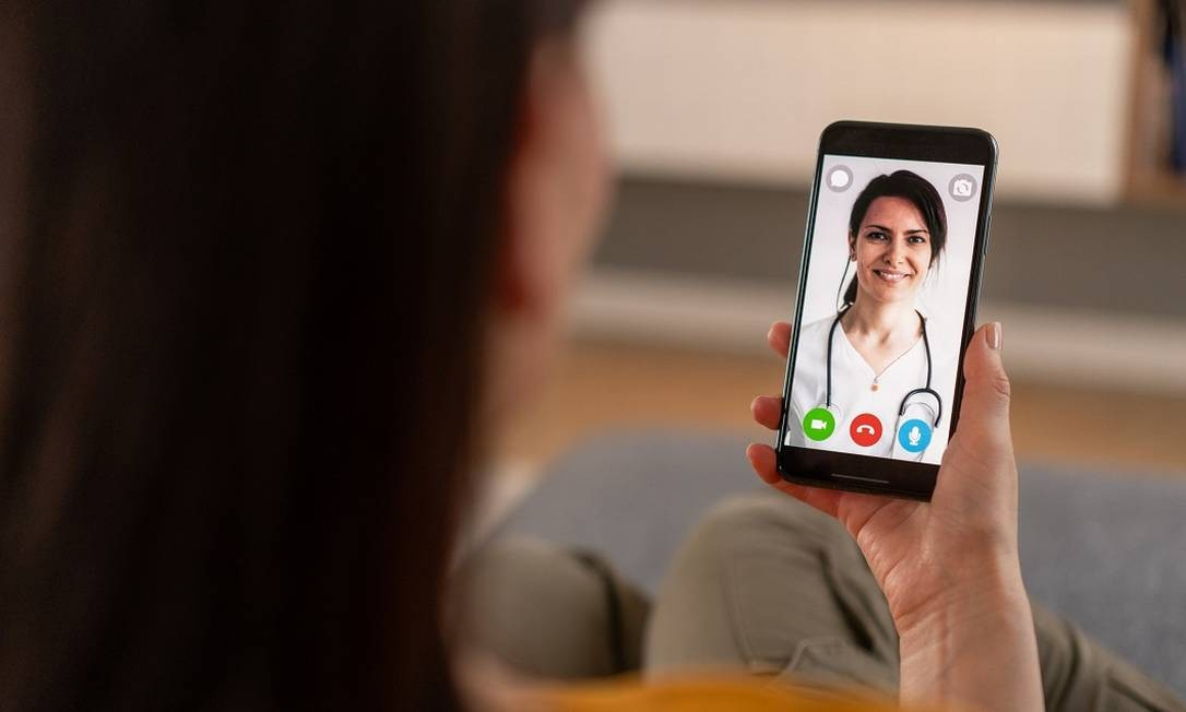 Os profissionais da Telemedicina Amil One mantêm on-line o atendimento humanizado e de qualidade característicos de plano de saúde premium Foto: Getty Images