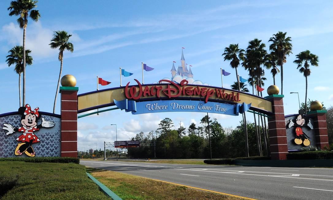 Parques da Disney em Orlando, nos EUA, começam a reabrir no sábado (11) Foto: SOPA Images / Getty Images