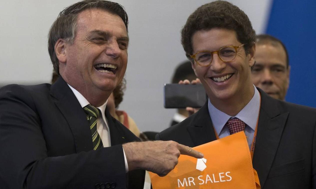 Presidente Jair Bolsonaro e Ricardo Salles em evento do setor automotivo Foto: Edilson Dantas / Agência O Globo