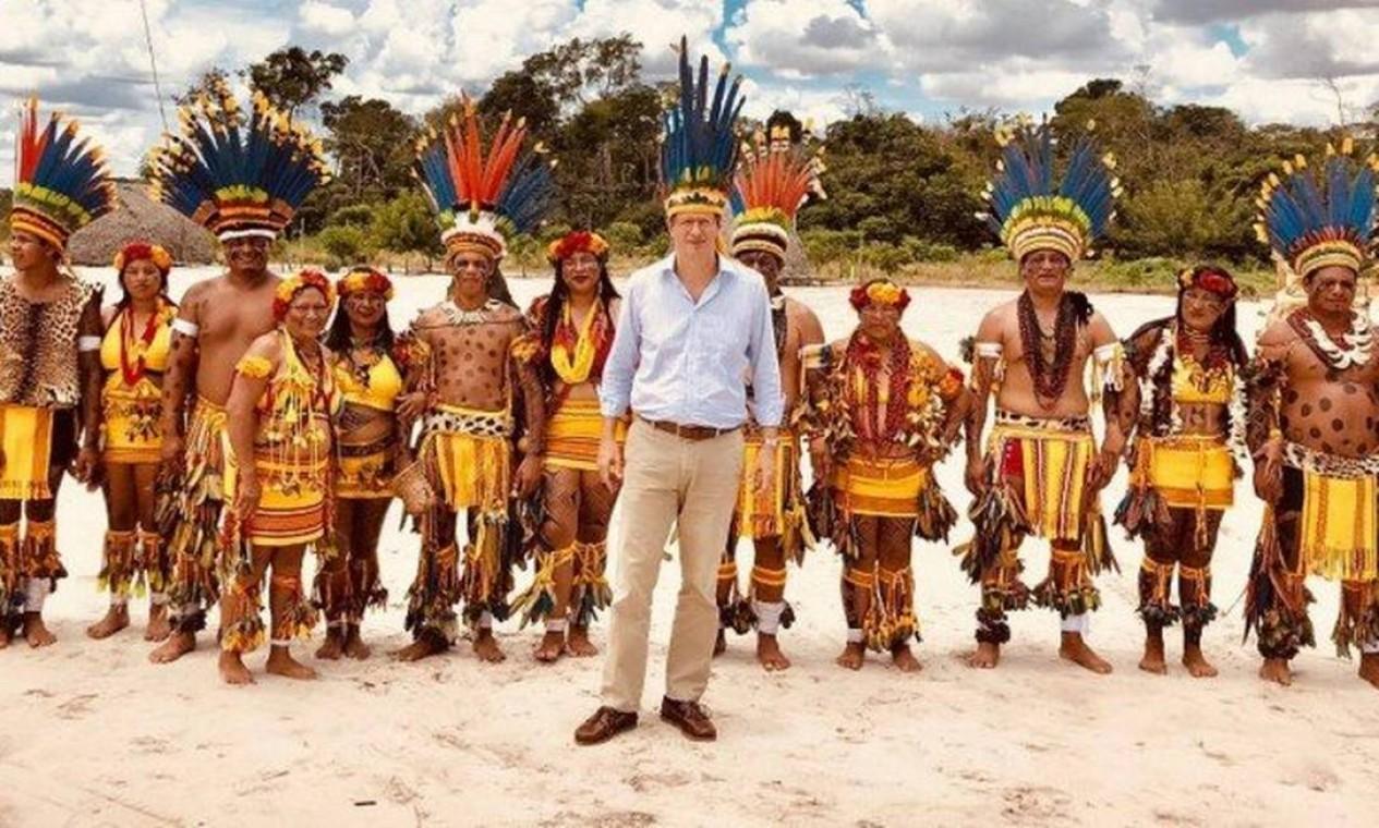 Salles, em fevereiro de 2019. Ministro postou em uma rede social sua primeira visita à Amazônia, junto de uma tribo indígena em Campo Novo do Parecis, no Mato Grosso Foto: Reprodução