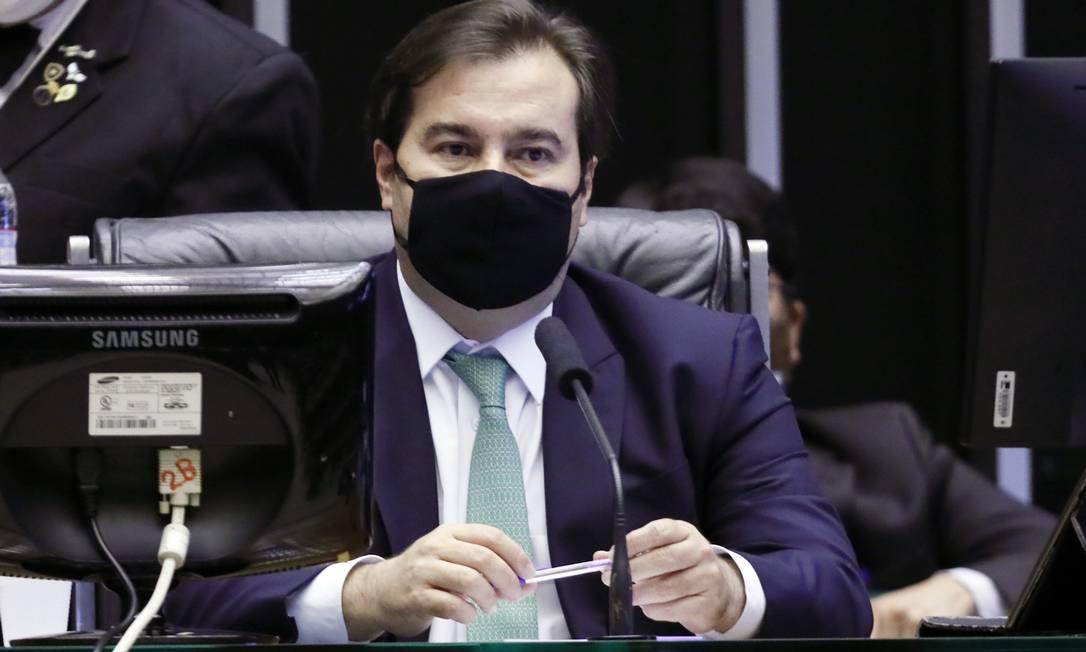 O presidente da Câmara dos Deputados, Rodrigo Maia, afirmou que irá atuar para derrubar veto de Bolsonaro à desoneração da folha Foto: Agência O Globo
