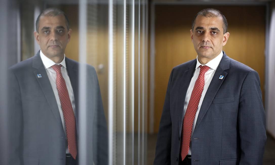 O ex-secretário de Saúde Edmar Santos foi preso em operação do MPRJ Foto: Fábio Rossi / O Globo - 07.04.2020