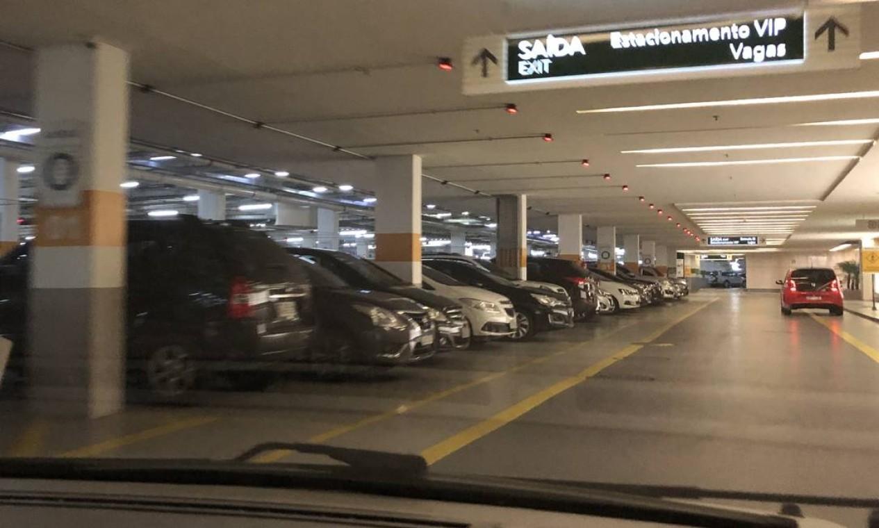 Subsolo do estacionamento do BarraShopping Foto: Danilo Perelló