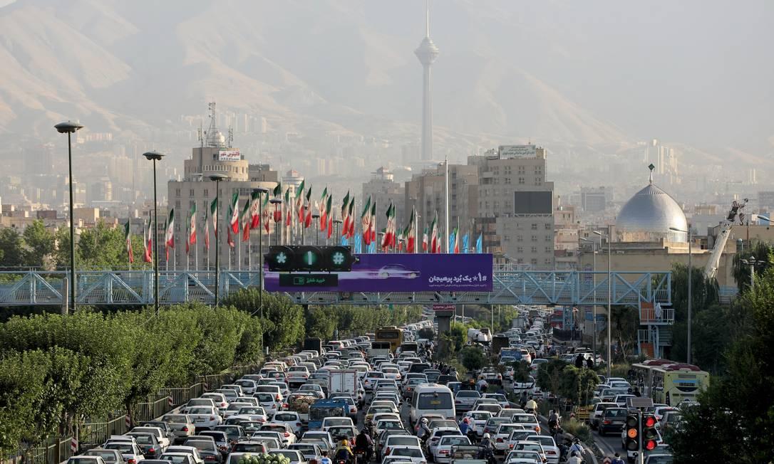 Trânsito pesado na região central de Teerã Foto: WANA NEWS AGENCY / VIA REUTERS