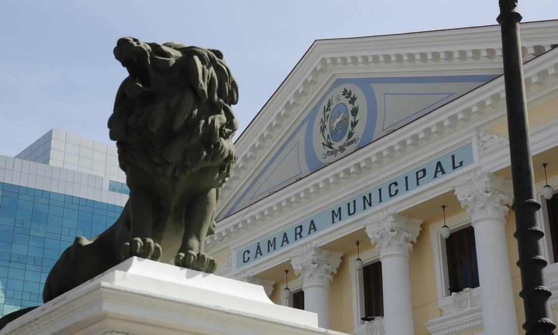 Câmara Municipal: mensagem executiva foi aprovada pelos vereadores nesta quinta-feira Foto: Brenno Carvalho / Agência O Globo