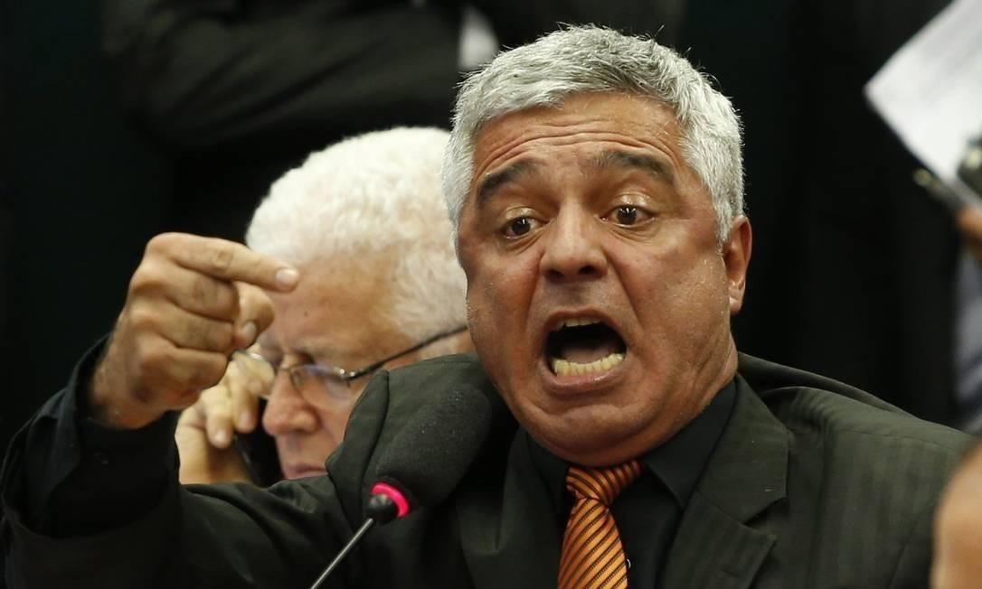 Senador, Major Olimpio diz que deixará a sigla por conta da reaproximação com Bolsonaro Foto: Ailton de Freitas / Agência O Globo