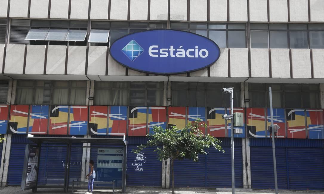 Estácio é notificada por entidades de defesa do consumidor por cláusula abusiva em contrato de renovação de matrícula Foto: Fabiano Rocha