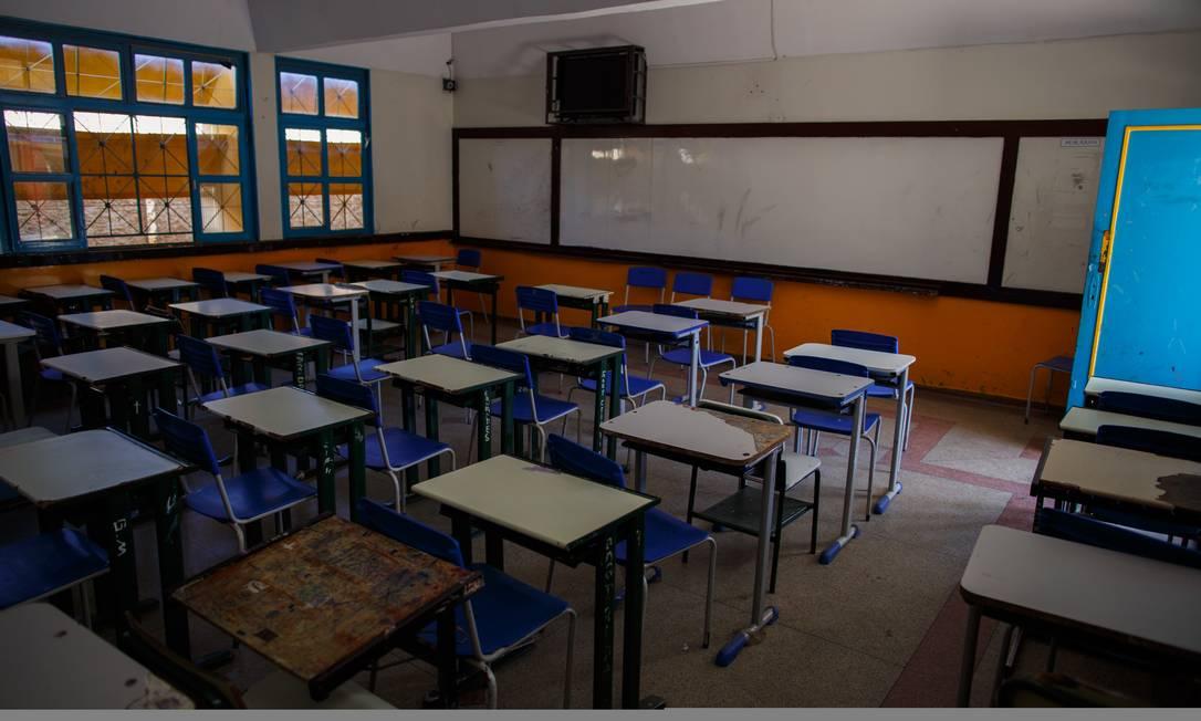 A disputa por uma vaga em sala de aula Foto: Daniel Marenco / Agência O Globo