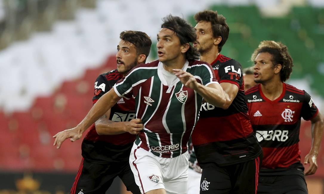 Rubro-negros e tricolores decidem o título estadual no terceiro jogo seguido Foto: Marcelo Theobald