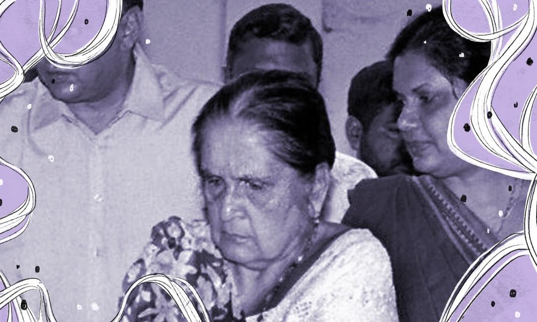 Em 6 de agosto de 2000, a ex -rimeira-ministra do Sri Lanka vota em sua cidade natal, Attanagalle, sob o olhar da filha, a presidenta do país, Chandrika Kumaratunga Foto: AFP