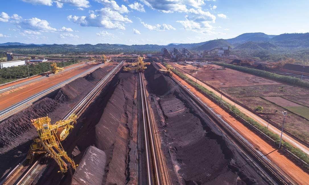 Vista aérea do pátio de estocagem do complexo S11D, da Vale Foto: Ricardo Teles / Agência O Globo