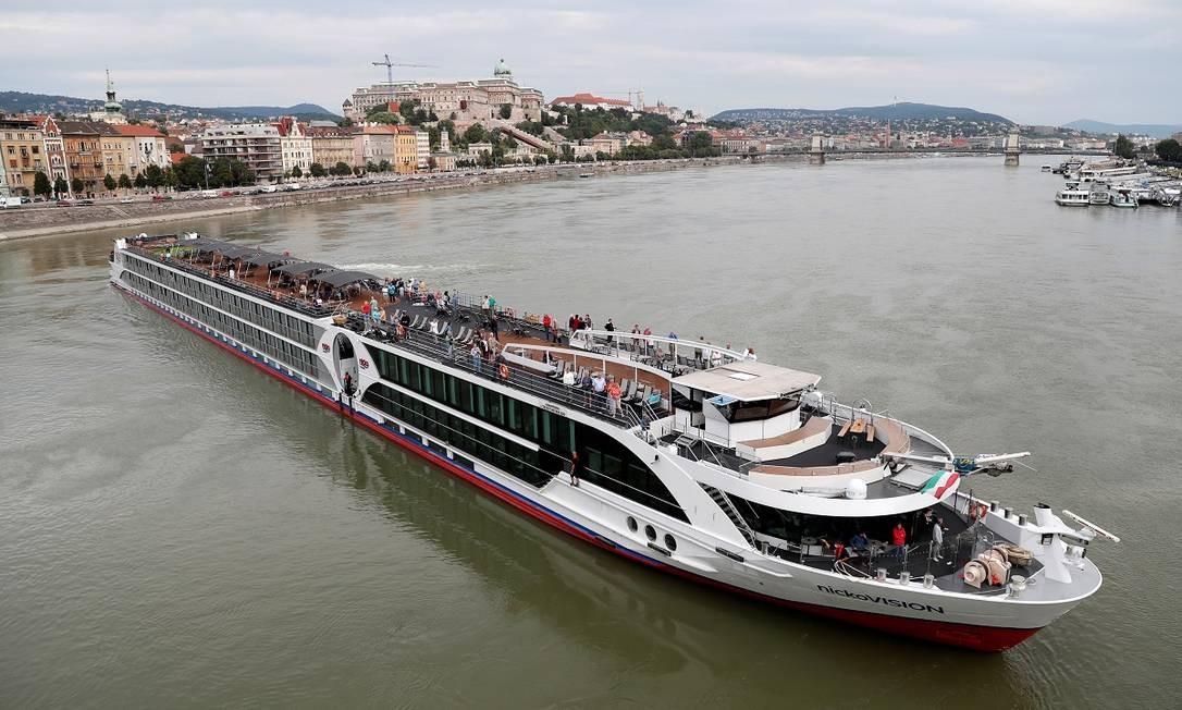 O navio de cruzeiro fluvial NickoVision em Budapeste, na Hungria Foto: Bernadett Szabo / Reuters