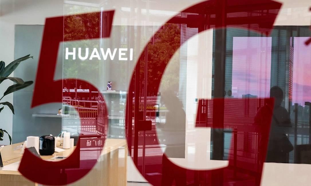 Movimentação é intensa nos bastidores por conta de os Estados Unidos tentarem barrar ou criarem empecilhos à empresa chinesa Huawei Foto: Nicolas Asfouri / AFP