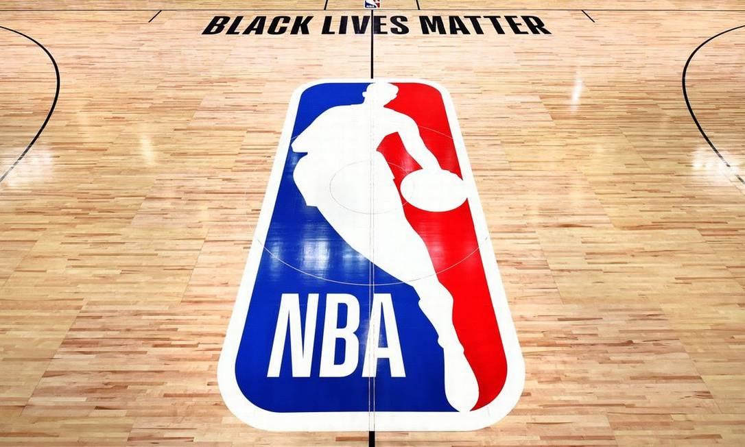 Vidas negras importam é a mensagem estampada nas quadras de Orlando Foto: NBA/Divulgação/Twitter