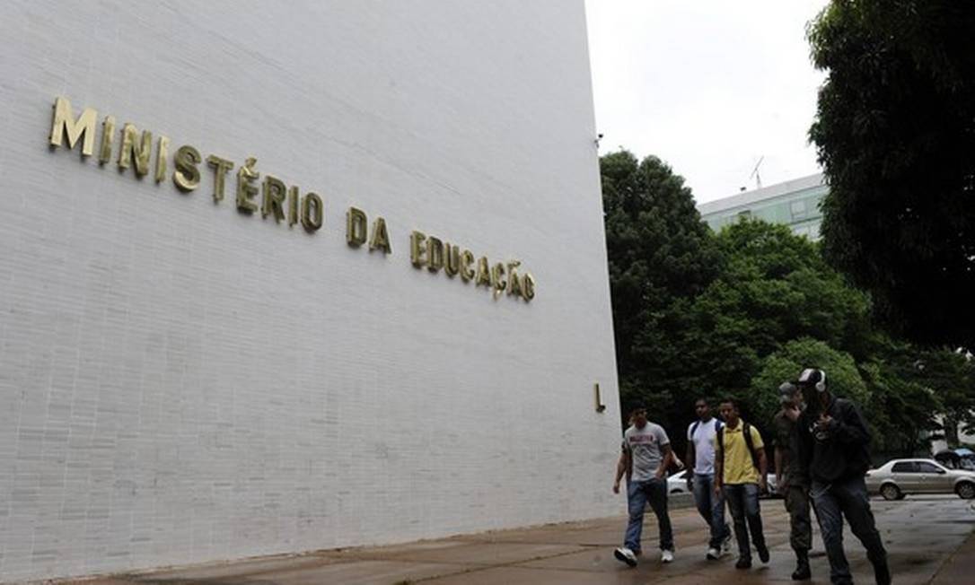 A sede do Ministério da Educação, em Brasília: pasta pode ter cortes cortes bilionários no ano que vem Foto: Agência Brasil