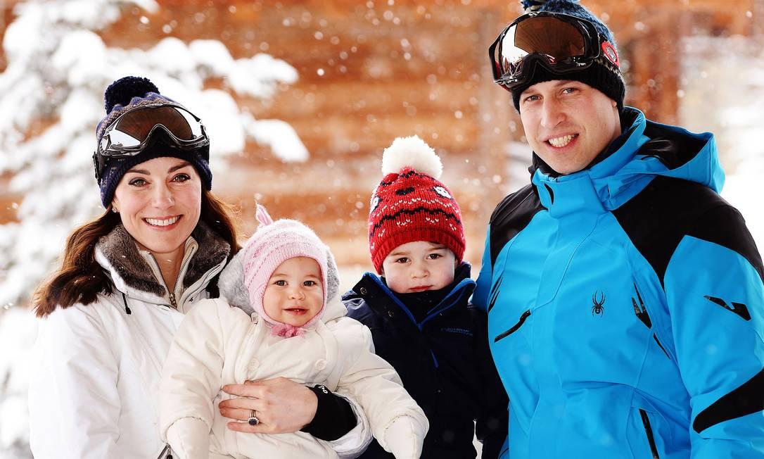 Família reunida para a temporada de esqui em 2016 Foto: WPA Pool / Getty Images
