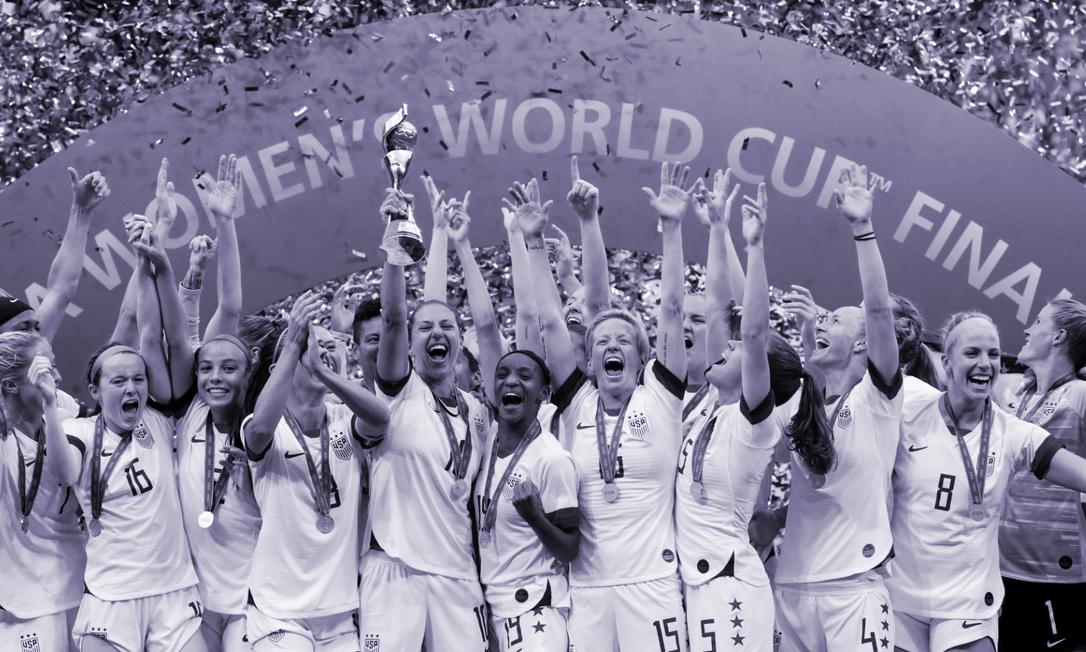 Seleção americana comemora o título da Copa do Mundo da França, em 2019 Foto: BERNADETT SZABO / Reuters