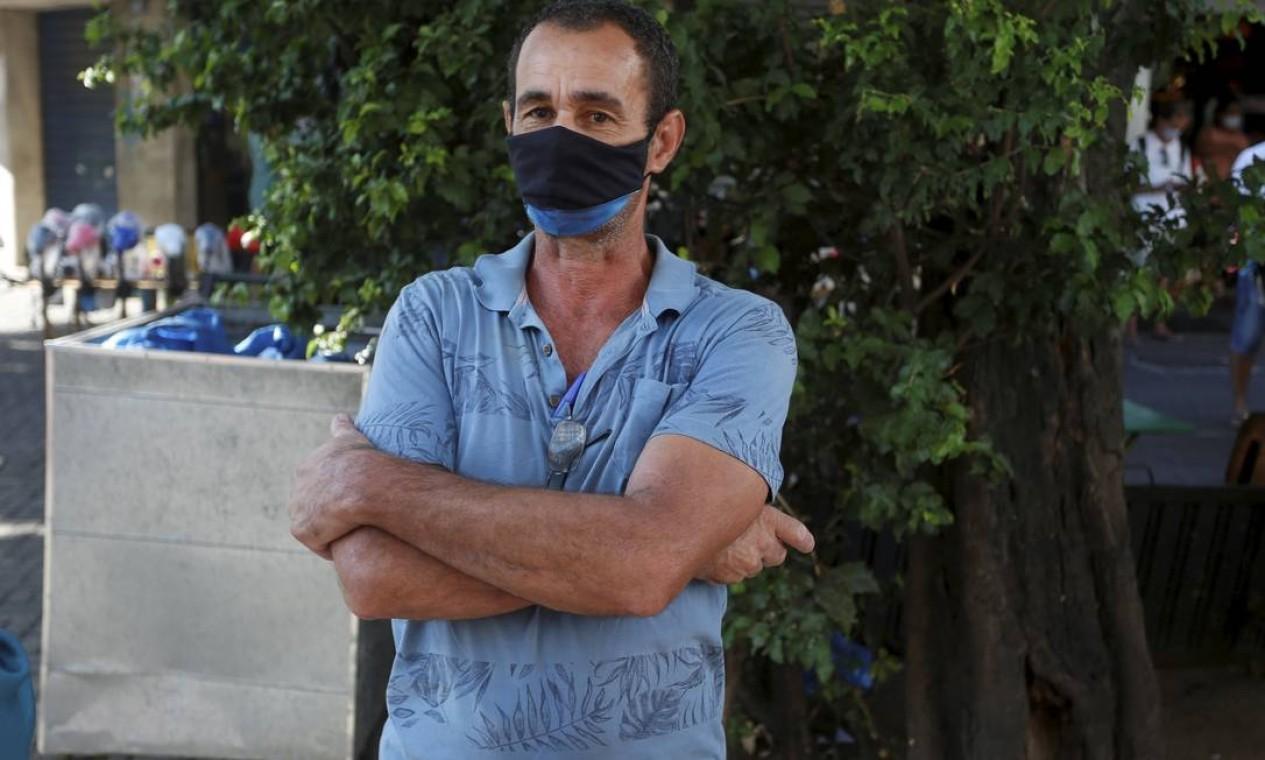 Paulo Donizete, 51 anos, teve o dinheiro sacado por outra pessoa Foto: Fabiano Rocha / Agência O Globo