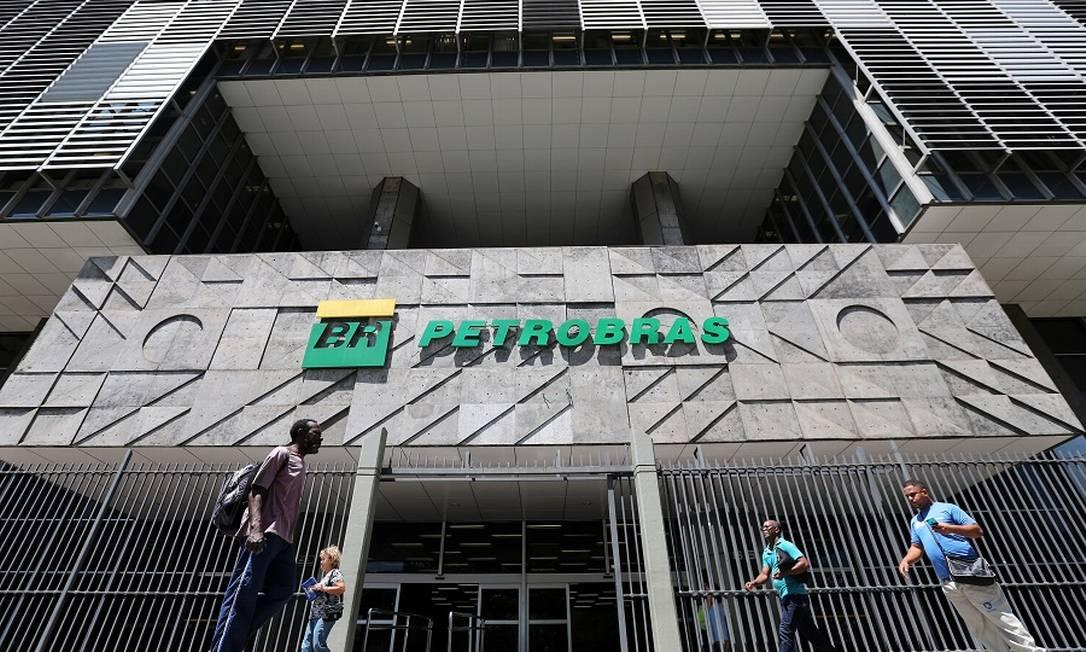 Sede da Petrobras no Rio: dividendos no fim do ano. Foto: Sergio Moraes / REUTERS