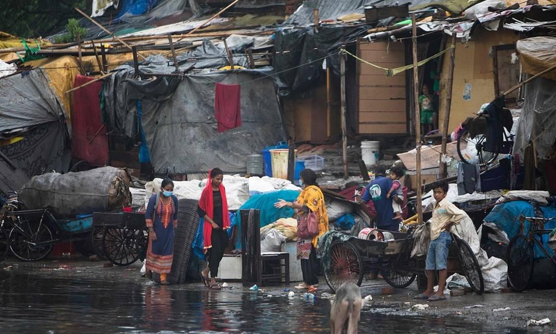 Comunidade em Nova Délhi, Índia: ONU sugere medidas contra pobreza na pandemia. Foto: XAVIER GALIANA / AFP