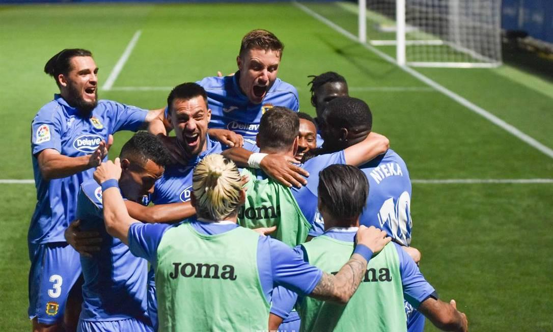 Jogadores do Fuenlabrada comemoram em jogo da Segunda Divisão espanhola Foto: Divulgação/Fuenlabrada