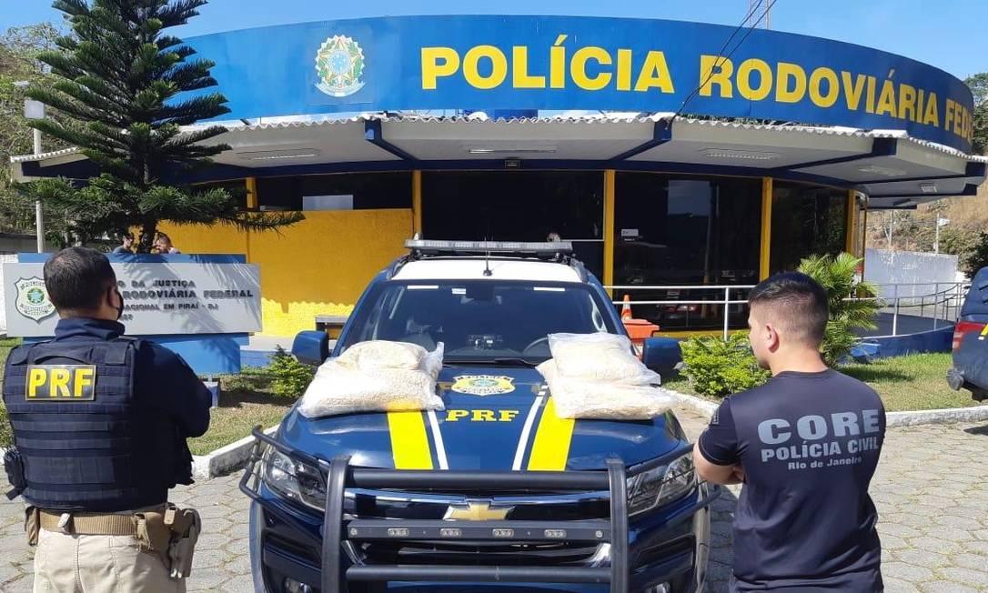 Foram encontrados 50 kg de pasta base de cocaína Foto: Divulgação