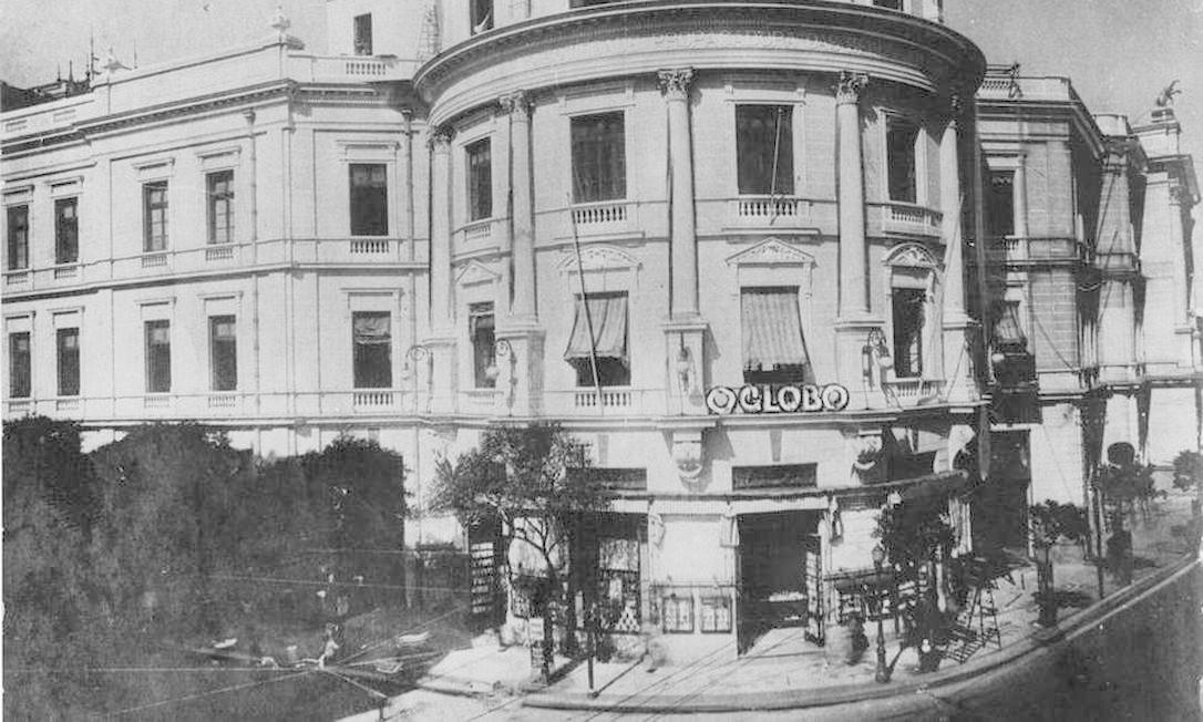 A primeira sede do jornal O GLOBO, situada na Rua Bettencourt da Silva, onde hoje é o Largo da Carioca Foto: Arquivo