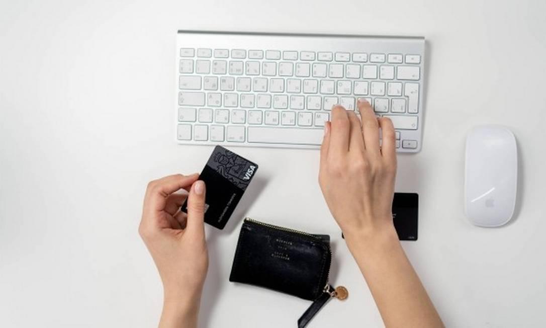 O phishing é caracterizado por fraudes para enganar os usuários a informarem dados confidenciais, como número de cartão de crédito Foto: Pexels