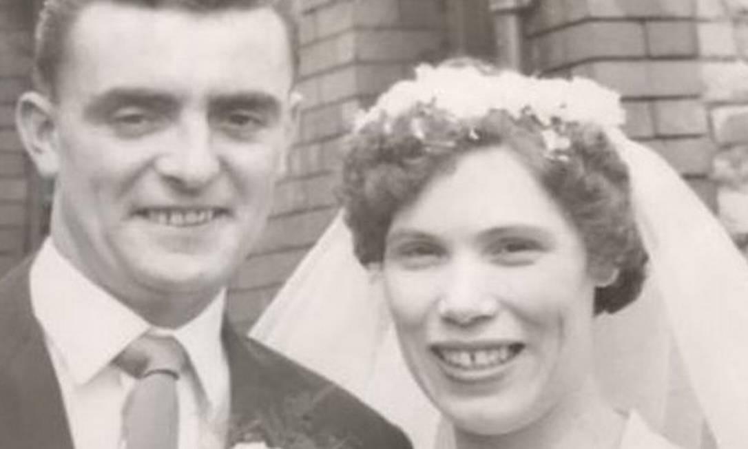 John e Mary Boxer no dia do casamento, em 23 de julho de 1960 Foto: ELAINE BOXER