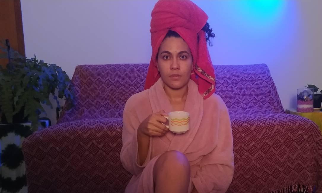 Natally do Ó é atriz e faz parte do elenco de uma peça que é transmitida pela internet Foto: Acervo pessoal