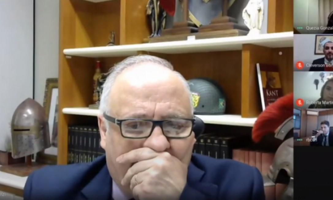 O desembargador José Ernesto Manz durante sessão virtual do TRT-12 Foto: Reprodução