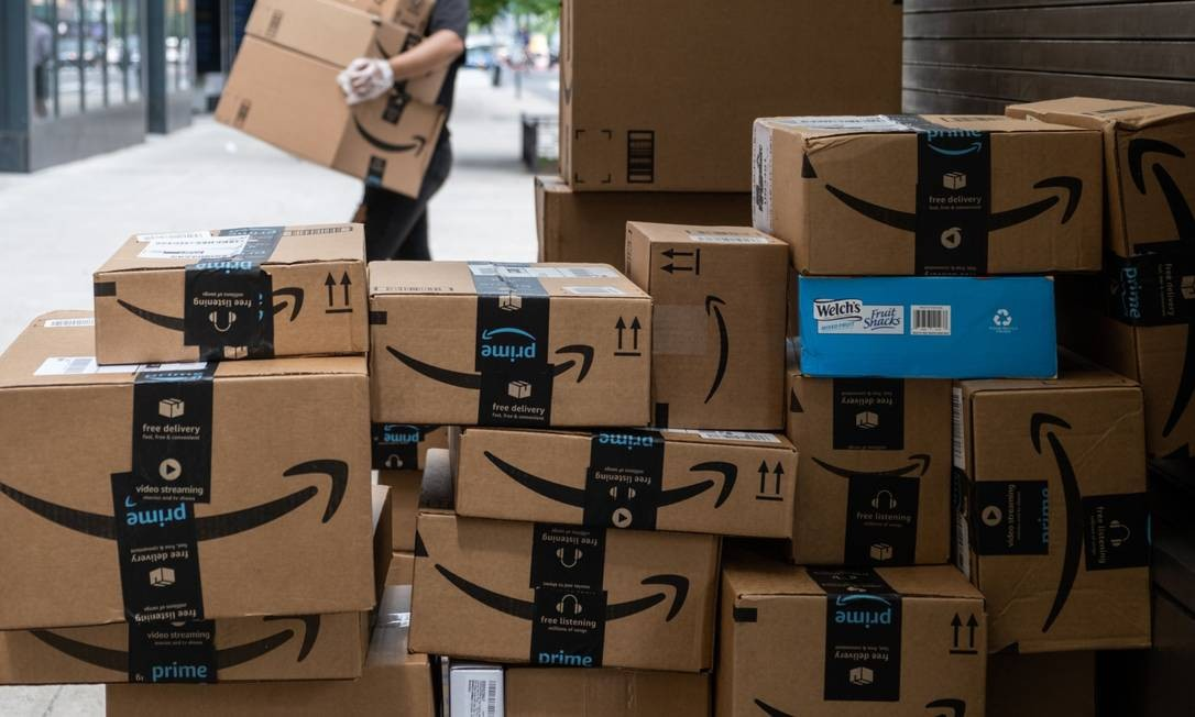 A Amazon registrou lucro líquido de US$ 5,2 bilhões, o dobro do resultado do ano passado Foto: Jeenah Moon / Bloomberg