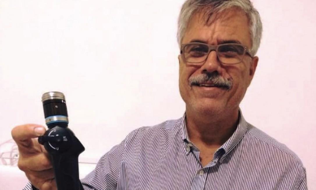 Doutor Enio Studart foi autuado por posse ilegal de armas e ameaça ao paciente em seu consultório Foto: Reprodução