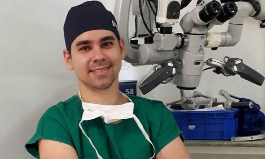 O médico André Ribeiro, de 30 anos, primeiro voluntário a receber a vacina contra Covid-19 em Belo Horizonte Foto: Arquivo pessoal