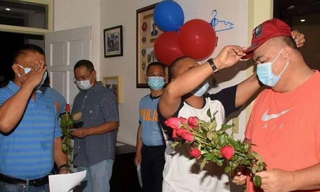 Um terço dos brasileiros afirma ter voltado a ir a festas ou reuniões familiares em casa Foto: Reprodução