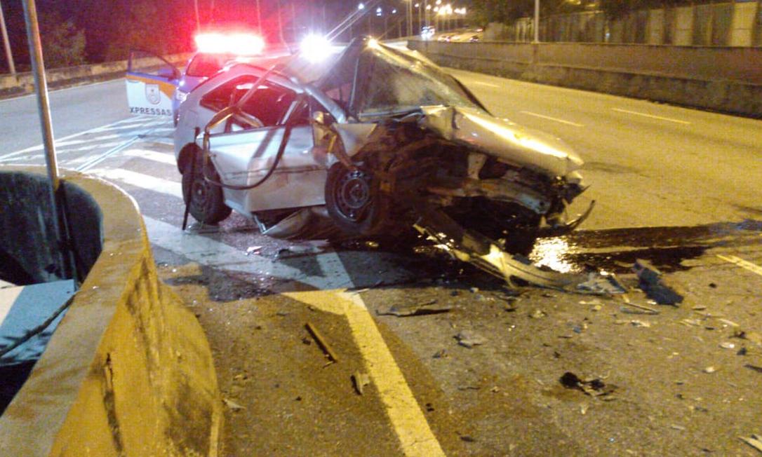 Homem morre em acidente de carro na Linha Vermelha Foto: Reprodução/Rede social