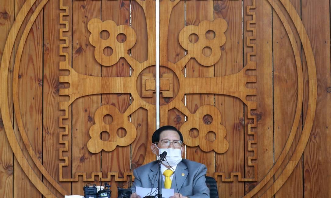 Lee Man-hee, em uma coletiva para a imprensa feita em março deste ano Foto: AFP