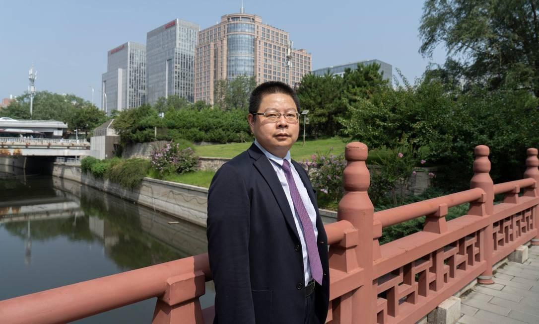 Tian Feilong, intelectual chinês que atuou na implementação da lei de segurança nacional em Hong Kong Foto: Giulia Marchi / New York Times
